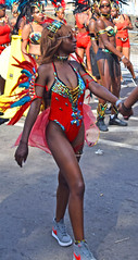 DSC_2666b Notting Hill Caribbean Carnival London Exotic Colourful Costume Showgirl Performer Aug 28 2017 Stunning Lady with Sun Glasses (photographer695) Tags: notting hill caribbean carnival london exotic colourful costume showgirl performer aug 28 2017 stunning lady with sun glasses