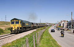 66512 6E11 1400 Onllwyn Washery - Scunthorpe Coal Plant at Onllwyn 08.05.2017 (5) (The Cwmbran Creature.) Tags: british rail class train trains railways 66 freightliner wales welsh coal heavy haul