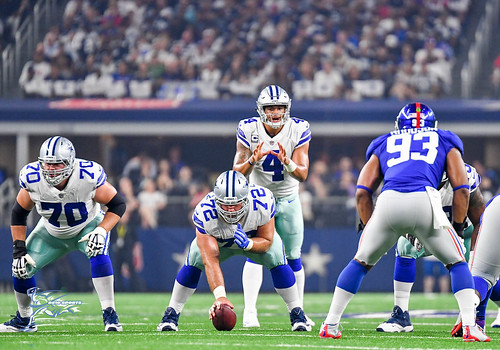 "Dallas Cowboys vs New York Giants • <a style=""font-size:0.8em;"" href=""http://www.flickr.com/photos/10266314@N06/36400585143/"" target=""_blank"">View on Flickr</a>"