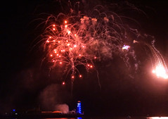 Bournemouth Fireworks (SteveJM2009) Tags: fireworks fridaynight pier bournemouth beach seaside dorset night colour bang crash wallop uk august 2017 summer stevemaskell