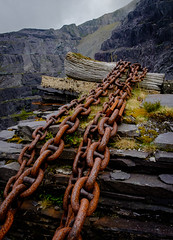 Chains, Dinorwic (Rogpow) Tags: dinorwic dinorwicquarry slatequarry wales northwales snowdonia llanberis dinorwig slate quarry chains blondin rust rusty abandoned derelict decay industrialarchaeology industrialhistory industrial old