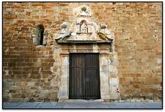 Església de St. Pere, Pals (el Baix Empordà) (Jesús Cano Sánchez) Tags: elsenyordelsbertins canon eos20d efs1022 catalunya cataluña catalonia gironaprovincia emporda ampurdan baixemporda bajoampurdan pals esglesia iglesia church romanic romanico romanesque catalunyaromanica gotic gotico gothic catalunyamedieval middleages