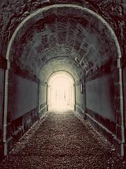 Tunel (Bonsailara1) Tags: bonsailara1 monochrome monocromático monasterio monastery tunel tunnel stonefloor stonewall