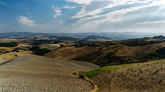 Into the great wide Open (Flickr's Explore XVII.IX.) (Nikonphotography D750) Tags: inexplore widescreen stillifephotography italien italy tuscany toskana sonyphotography sonyalpha sonyalpha6000 sonyilce6000 volterra lichtundschatten lightsandshadow landschaft landscape landschaftsfotografie landscapephotography 169 169widescreen