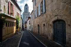 Martel (dprezat) Tags: martel town village eglise church clocher ruelle lot 46 departementdulot midipyrénées quercy sudouest nikond800 nikon d800 occitanie occitania