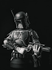 Boba Fett | Mini Bust | Gentle Giant (leadin2) Tags: 35mm 2017 canon eos m6 canonefs35mmf28macroisstm efs f28 macro is stm gentlegiant gentle giant boba fett star wars return jedi sdcc 2013 exclusive deluxe minibust mini bust black white blackandwhite