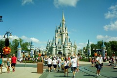 Magic Kingdom (Harley Mitchell) Tags: disney mickeymouse 35mm nikon waltdisney fall autumn florida world disneyworld