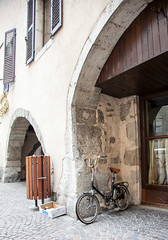 Annecy_Bikes-7415 (dtpowski) Tags: bikes annecy classicbikes france mountains oudoors stilllife rhonealps