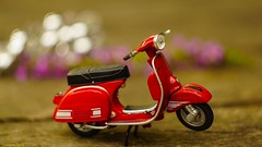 Red Vespa Toy (YᗩSᗰIᘉᗴ HᗴᘉS +7 000 000 thx❀) Tags: toy miniature vespa red macro hensyasmine sony helios helios442 bokeh bokehlicious beyondbokeh