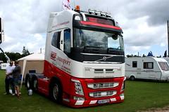 VOLVO FH AU65FSX MDF TRANSPORT (WESTROWMAN) Tags: volvofh volvotruck volvo mdf transport mdftransport truckfesteast