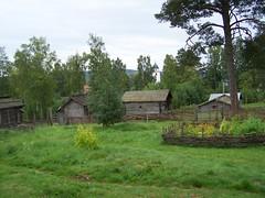 Rättviks gammelgård (tompa2) Tags: rättvik dalarna sverige sweden kyrka byggnad rättviksgammelgård gärdesgård