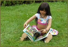 Kindra ... (Kindergartenkinder) Tags: sommer blumen personen kindergartenkinder garten blume park annette himstedt dolls kindra wasserschlosslembeck