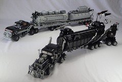 the War Rig and the People Eater's Limousine (Greeble_Scum) Tags: