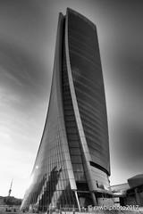 Torre Zaha Hadid (Rawby) Tags: citylife milano torre zaha hadid bn bw architettura grattacielo