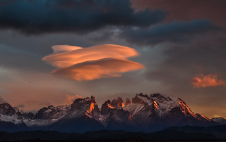 Lenticular sunrise - Torres del Paine, Chile - 08:38 am