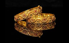 Gold-bangles-marvelous-high-quality-wallpapers (HD wallpaper (Best HD Wallpaper)) Tags: jewellary design