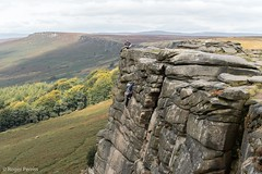 CLIMBERS on STANAGE EDGE in PEAK DISTRICT, DERBYSHIRE_DSC_6377_LR_2.0 (Roger Perriss) Tags: peakdistrict stanageedge rocks d750 vista ropes climber equipment skills