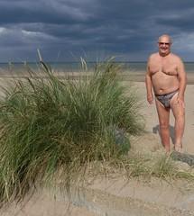 Huttoft beach on a busy day! (pj's memories) Tags: huttoft huskyinspeedos lincolnshire beach briefs kiniki seaside speedos sunglasses slip tanthru