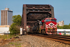 B a s i c (Wheelnrail) Tags: ns norfolk southern ge locomotive es44ac lehigh valley lv basic white girl dayton ohio train trains loco railroad rail road rails 179 bridge skyline district
