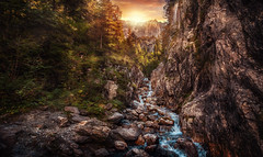 Schattenhalb (Chrisnaton) Tags: switzerland rosenlaui reichenbachtal creek mountains nature landscape eveningmood eveningsky schattenhalb berneroberland haslital mountaincreek