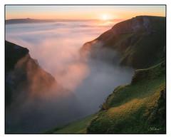 The Mist. (shaunyoung365) Tags: peakdistrict sunrise sonya7rii landscape mist