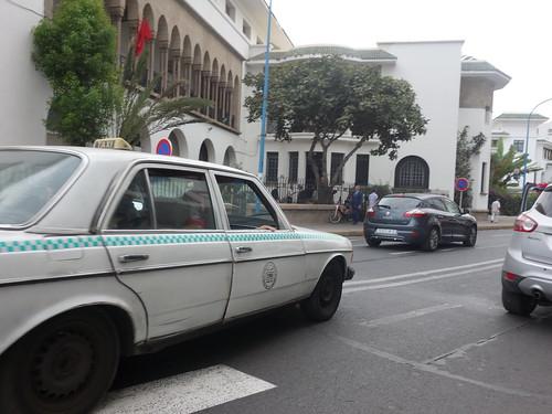 A Casablanca il existe trois types de Taxi selon les distances qu'on parcourt