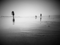 Isolation #benheinephotography #beach #plage #maroc #morocco #sea #mer #ocean #agadir #couple #love #nofilter #sand #landscape #paysage #escapade #walk #music #musique #nature #beauty #silhouette (Ben Heine) Tags: benheinephotography photography composition light smartphone nature landscape beauty beautiful photo photographie art ifttt instagram benheine horizon benheineart