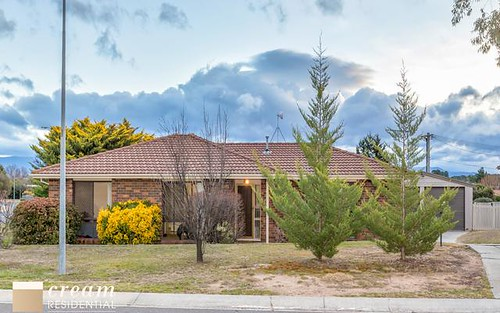 1 Willoughby Crescent, Gilmore ACT