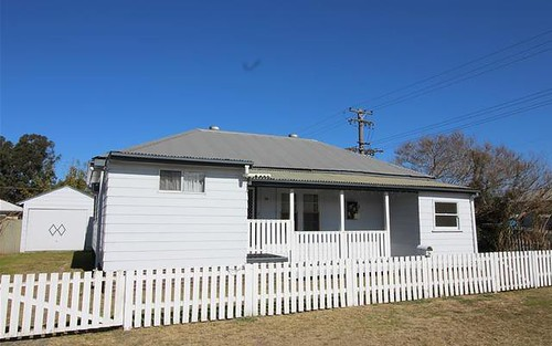 54 Fourth St, Weston NSW 2326