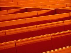 Red (Ed Sax) Tags: rot fassade edsax hamburg freeandhansatownofhamburg freieundhansestadthamburg zentrum hanseviertel altstadt hohe bleichen abstract linie geometrie