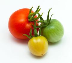 RGY (Antti Tassberg) Tags: hedelmä tomaatti kasvi macro ruoka kasvis 100mm food fruit lens plant prime tomato vegetable macromondays stayinghealthy 3 closeup threesome
