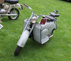 Iso Scooter 2s 1949 (Zappadong) Tags: classic days schloss dyck 2017 iso scooter 2s 1949 isothermos zappadong oldtimer youngtimer auto automobile automobil car coche voiture classics oldie oldtimertreffen carshow motorbike moped motorrad motorroller roller