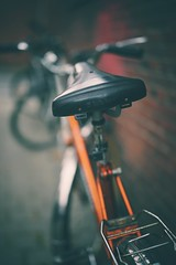 selle royal (christian mu) Tags: bike bokeh architecture urban münster muenster germany christianmu 50mm 5014 planar5014 planar sonya7ii sony bikesaddle selleroyal depthoffield dof fahrradsattel fahrrad sattel zeiss