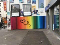 arc-en-ciel-sur-mur© (alexandrarougeron) Tags: art urbain environnement style ambiance mosaïque peinture tag décoration paris couleur color street rue dessin