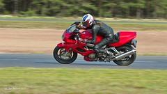 7D2_7249 (Holtsun napsut) Tags: motorbike motorbikes motorg motorrad moottoripyörä org holtsun napsut holtsu alastaro racing circuit race track rata päivä day kesä summer 7dmk2 sigma 70200
