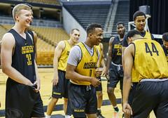 untitled (christinalong15) Tags: columbia missouri unitedstates basketball ncaa sec varsity college collegiate action sports sport motion