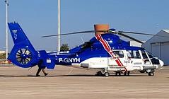 F-GNYH (Martin J. Gallego. Siempre enredando) Tags: aviacion leal alicante alc helicopter helicoptero airbushelicopters eurocopter eurocopteras365n3 dauphine eurocopterdauphine eurocopteras365dauphine heliunion