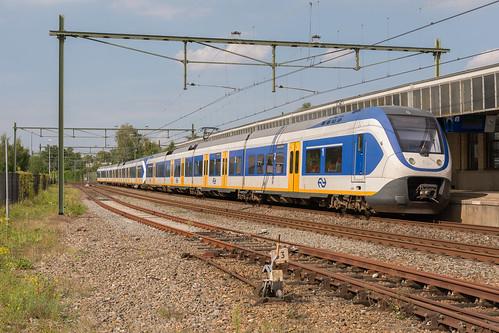 Naarden-Bussum SLT 2418-2640 Sprinter 5757 Utrecht