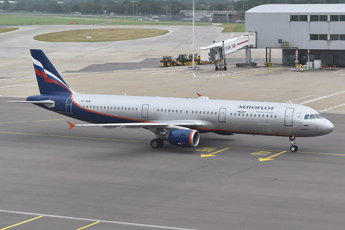 Airbus A321-211 'VP-BUM' Aeroflot