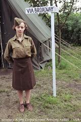 Anglų lietuvių žodynas. Žodis women's army corps reiškia moterų armijos korpusas lietuviškai.