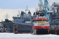 Deutsche Marine: Einsatzgruppenversorger Klasse 702 FGS A 1411 BERLIN und A 1413 BONN sowie das Mehrzweckschiff ARKONA des WSA Stralsund zur Überholung in der Norderwerft (Helgoland01) Tags: werft shipyard hamburg deutschemarine marine navy hafen port schiff ship