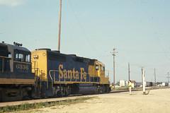 Santa Fe GP39-2 #3605 at Chilicothe IL on 7-6-76 (LE_Irvin) Tags: chilicotheil gp392 santafe