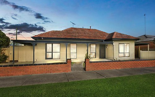 2 Richardson St, East Geelong VIC 3219