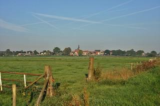 Landelijk stadsbeeld / Rural cityscape....HFF