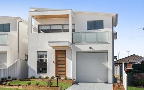 32B Renton Av, Moorebank NSW 2170