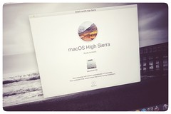 installing... [Day 3190] (brianjmatis) Tags: apple computer highsierra install laptop mac macos macosx photoaday project365 screen tech technology