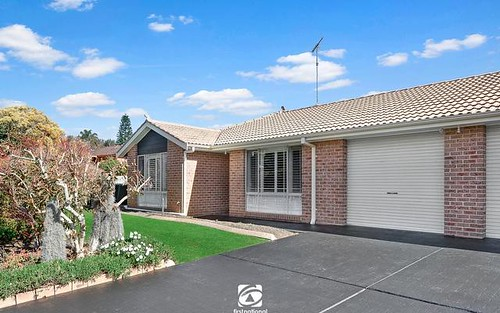 1/18 Beaufighter St, Raby NSW 2566
