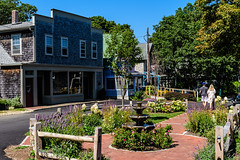 MarthasVineyard_714 (Lance Rogers) Tags: camera marthasvineyard2017 massachusetts nikond500 oakbluffs people places lancerogersphotoscom ©lancerogers