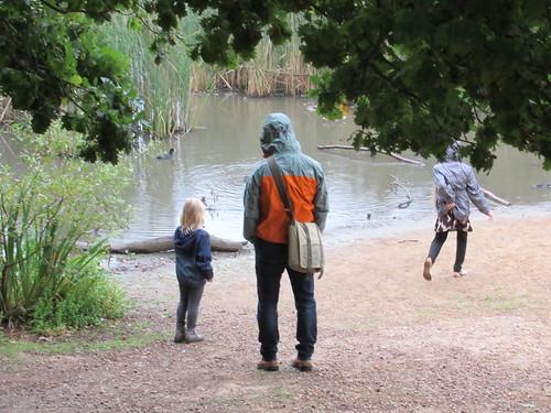 Sunday, 10th, Beside the lake IMG_6581