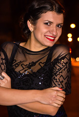 DSC_1030 (taniasusol) Tags: smile sincerity color look beauty lady